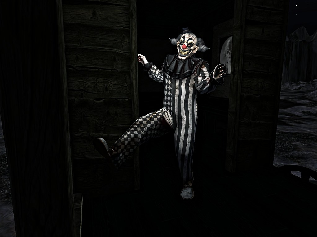 creepy clown - TeleportHub.com Live!