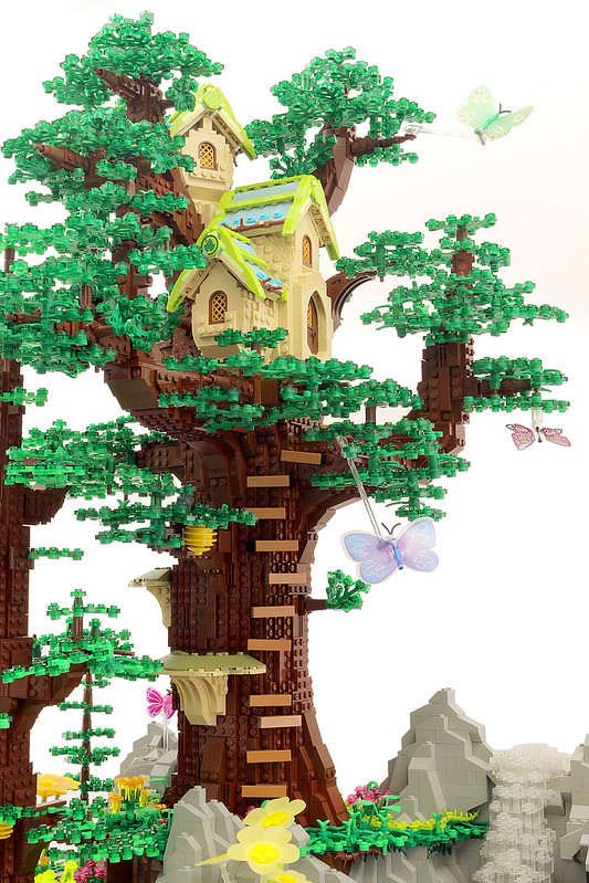 Fairy Tree House (Detail)