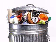 Evita lo spreco alimentare: scopri gli alimenti che non scadono mai
