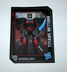 windblade with scorchfire transformers generations titans return deluxe class hasbro 2017 27 collector card