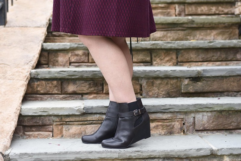 Fall Dress and Booties-@headtotoechic-Head to Toe Chic