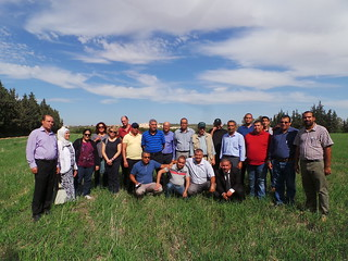 Thu, 10/19/2017 - 13:37 - Group photo during the field day visit to OEP El Grine (Kairouan)