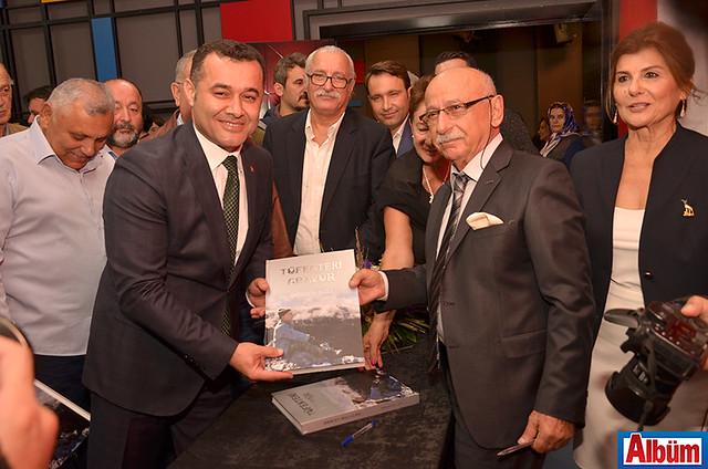 Alanya Belediye Başkanı Adem Murat Yücel, Hüseyin Baba, Hikmet Baba