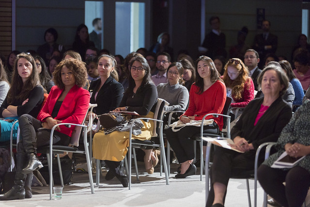"""Tue, 10/17/2017 - 11:08 - October 17, 2017 -WASHINGTON DC - Conversation On End Poverty Day: How Can We Break The Cycle?  Jim Yong Kim, President, World Bank Group; Maimuna Ahmad, Founder and CEO, Teach for Bangladesh; Beatriz """"BB"""" Otero, President of Otero Strategy Group and Senior Advisor, Bainum Family Foundation; Carolina Sanchez-Paramo, Senior Director, Poverty and Equity Global Practice, World Bank Group; Richelieu Lomax, Regional Team Leader, Integrity Vice Presidency, World Bank; Lola Ogunnaike, Journalist and Television correspondent. Photo:  World Bank / Simone D. McCourtie  Photo ID: 101717-EndPovertyDay-0062f"""