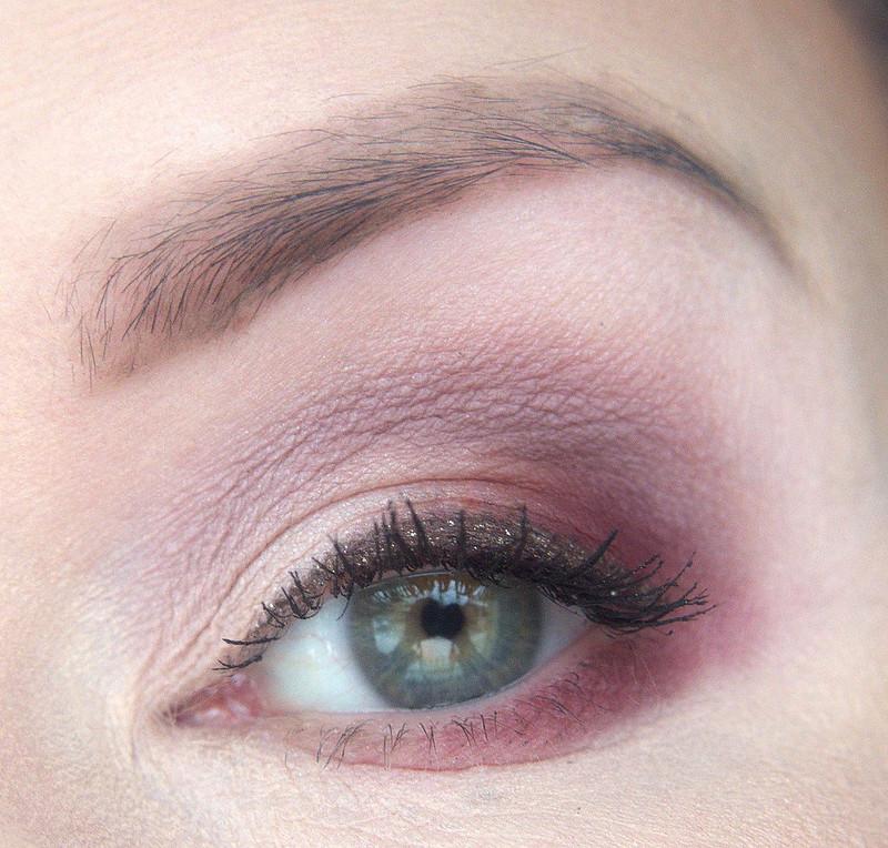 ABH Modern Renaissance makeup