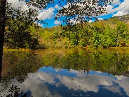 smack53 water lake pond river reflections mountain stonemountainstatepark georgia trees clouds autumn autumnseason fall fallseason canon powershot sx150is canonpowershotsx150is