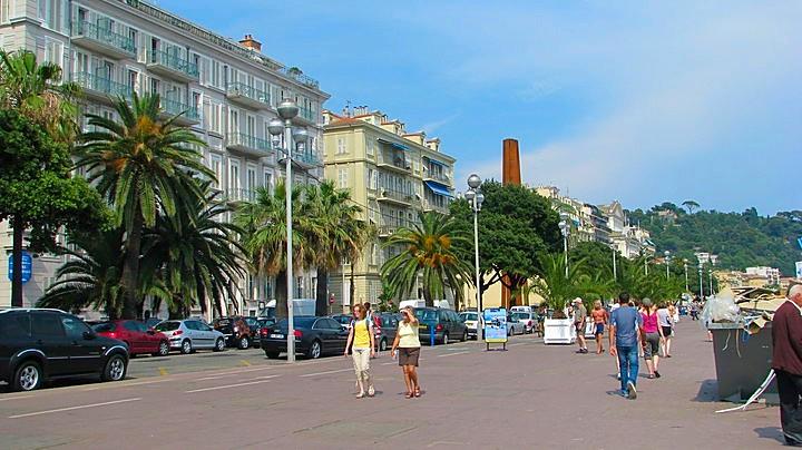 Bikini Beach Babes French Riviera