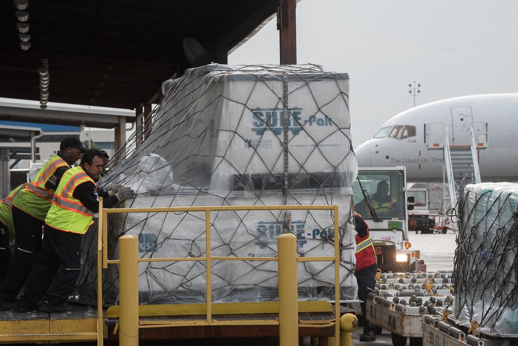 Governor Cuomo Mlb And Carlos Beltran Foundation Deliver