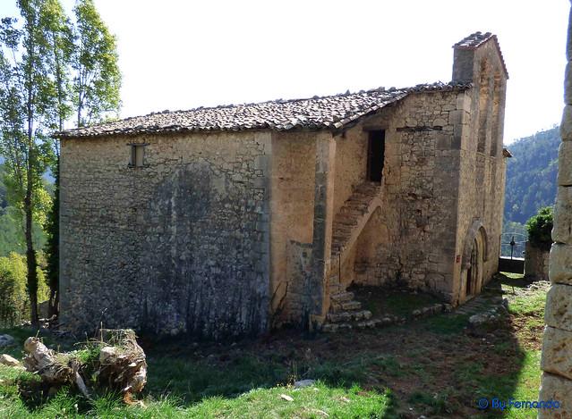 Solsonès 2017 - Exc 03 - Serra de Pratformiu -02- Serra de Guixers -02- Sant Martí de la Corriu -01- Casa señorial y ermita de Sant Martí -07