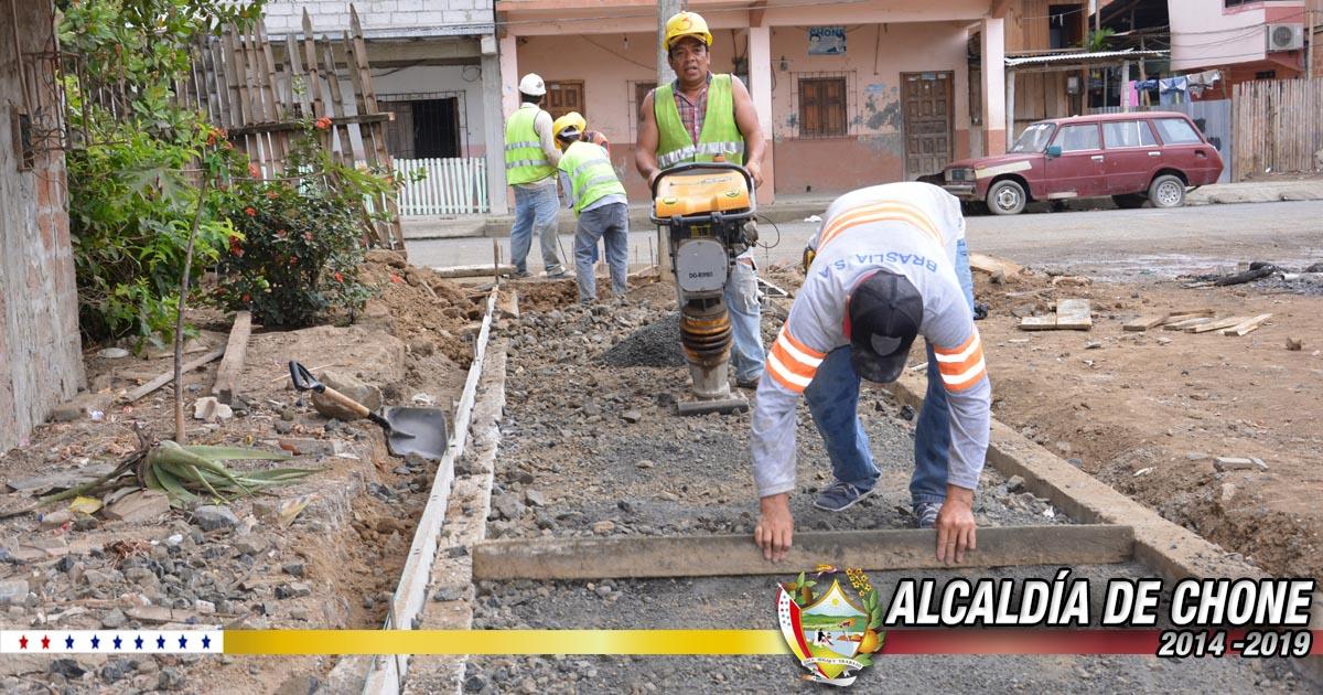 80% de los trabajos en la calle Elías Cedeño Jerves