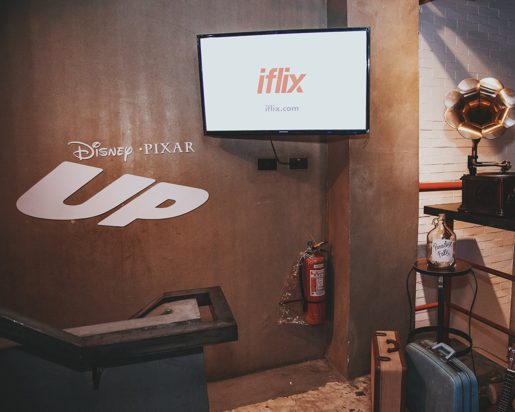 iflix New Channels + Movie Night