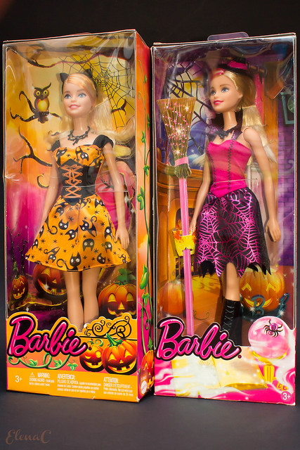 Barbie Halloween 2015 (Halloween Magic (Target Exclusive)) e 2016 (Halloween Party)
