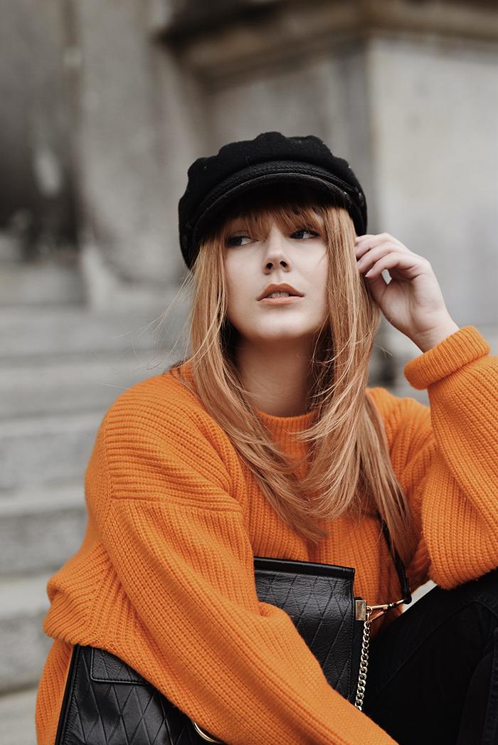 Orange-Sweater-Mom-Jeans-7