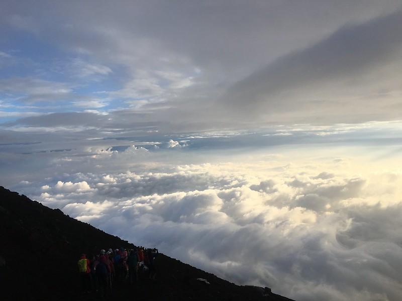 富士山山頂雲海