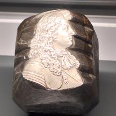 Paris Mint Museum Hub royal bust closeup