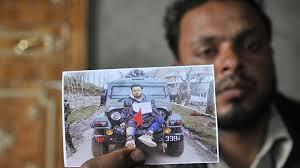 Human Sheild Farooq Ahmed Dar