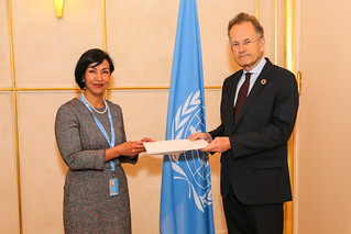 NEW PERMANENT REPRESENTATIVE OF MEXICO PRESENTS CREDENTIALS TO THE DIRECTOR-GENERAL OF THE UNITED NATIONS OFFICE AT GENEVA