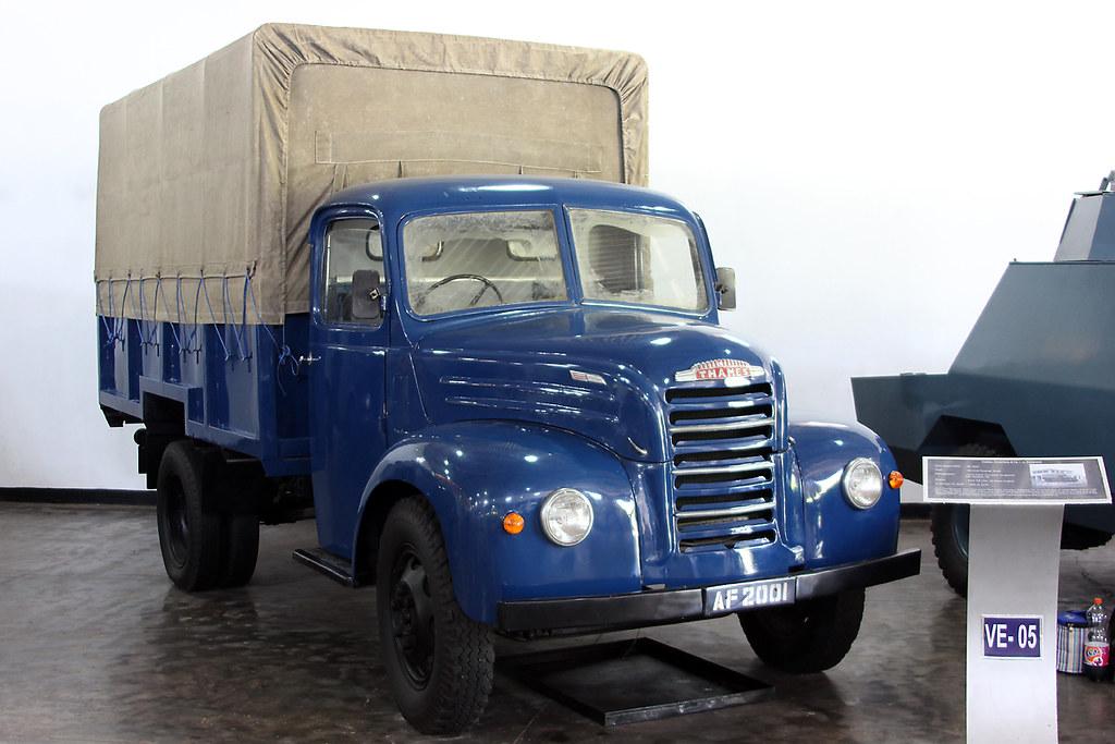 Ford Thames ET6