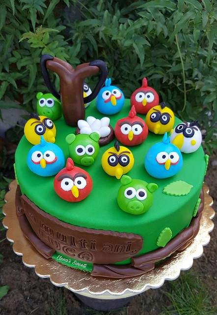 Angry Birds Cake by Elena Herbei of Elena's Sweets