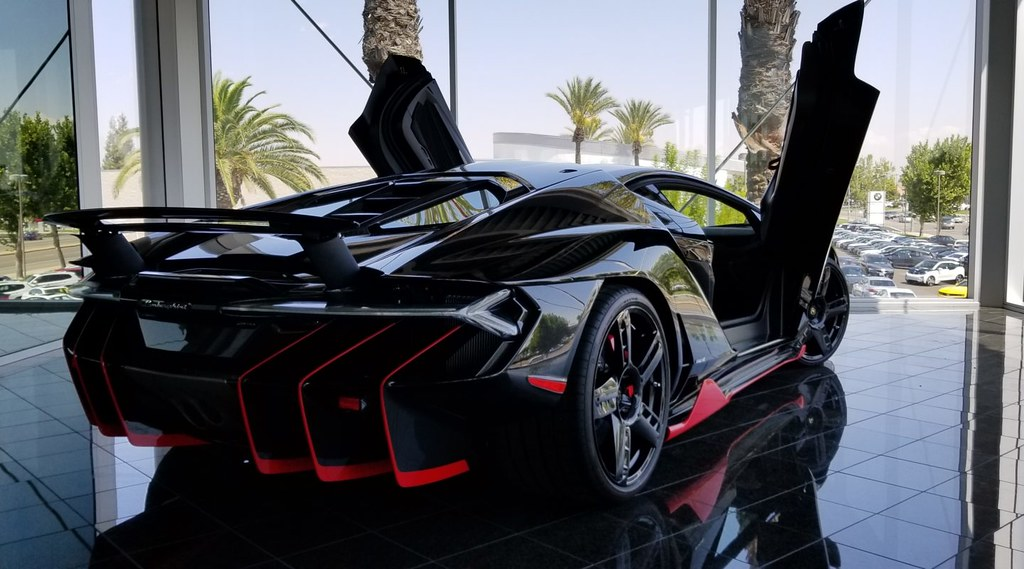 Lamborghini-Centenario-For-Sale-2