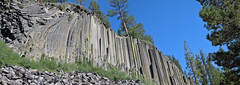 Columnar-jointed trachybasalt (Postpile Flow, Upper Pleistocene, 82 ka; Devils Postpile National Monument, eastern California, USA) 4