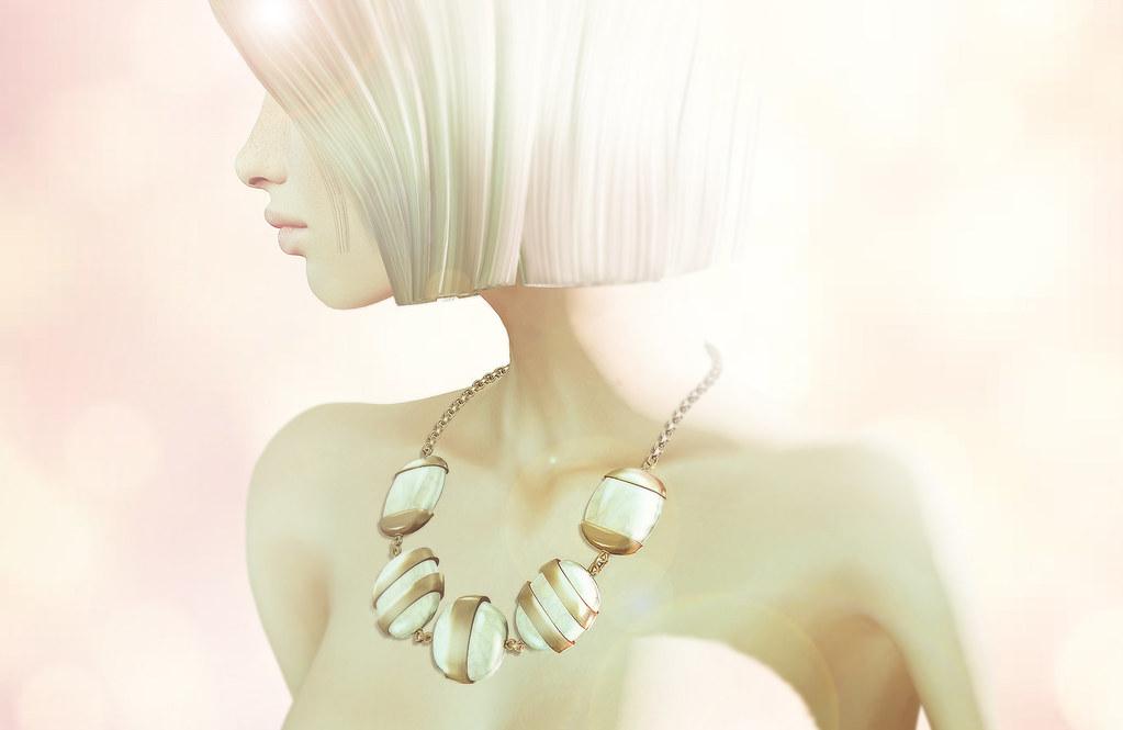 KUNGLERS - Cleuza necklace - TeleportHub.com Live!