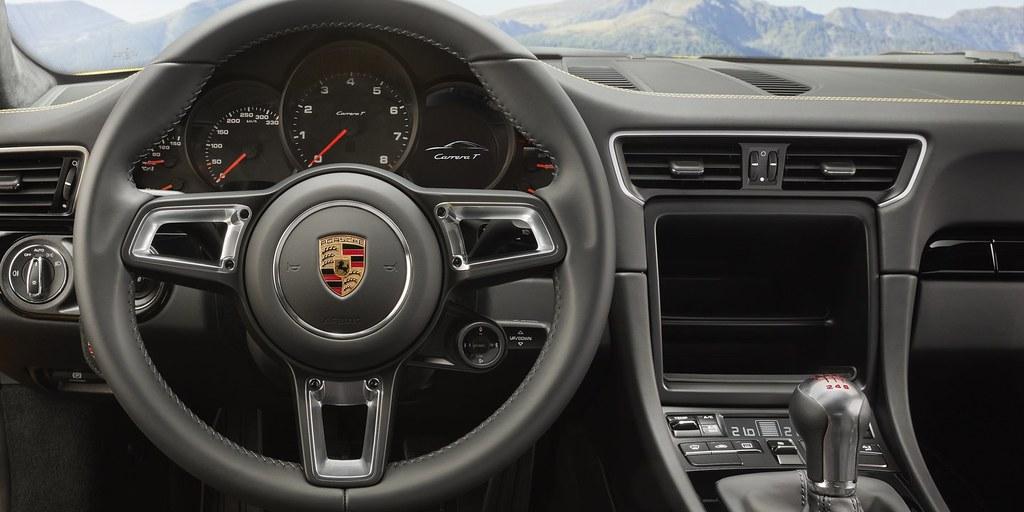 2018-porsche-911-carrera-t-10