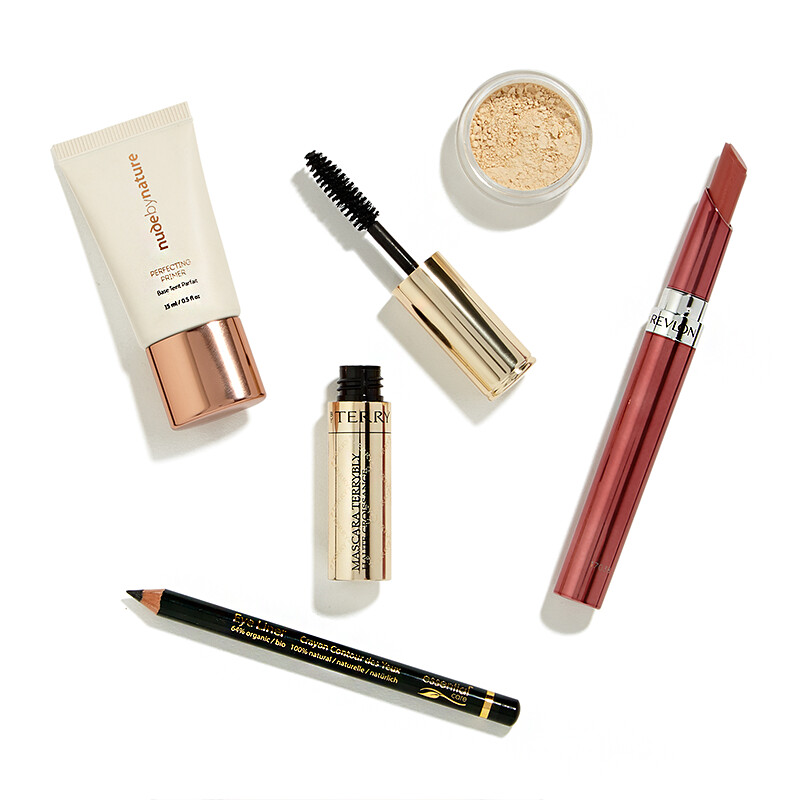 Makeup_Essentials_by_Feelunique_0_1504709145