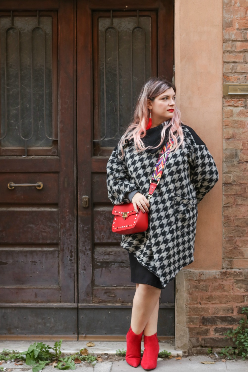 outfit plus size, kik taglie comode, cappotto handmade riot clothing space (2)