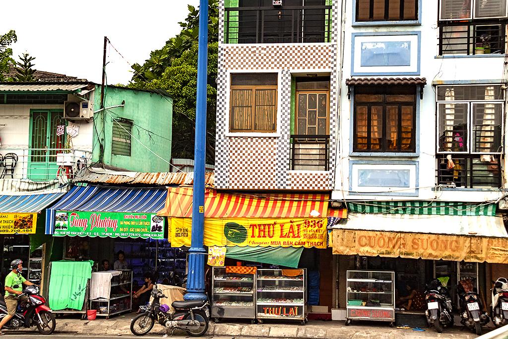 Vo Van Kiet street scene--Saigon