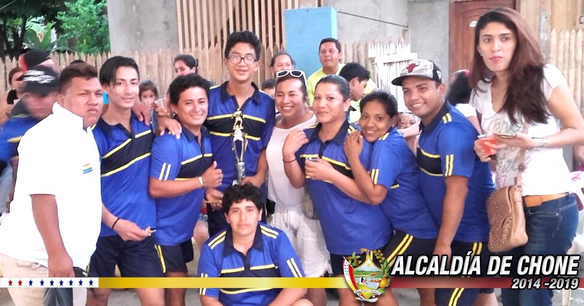 Comunidad GLBTI de Chone campeones de encuentro deportivo en Junín