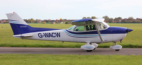 Cessna 172P Skyhawk, G-WACW Lee on Solent Airfield 2017 | by SupaSmokey