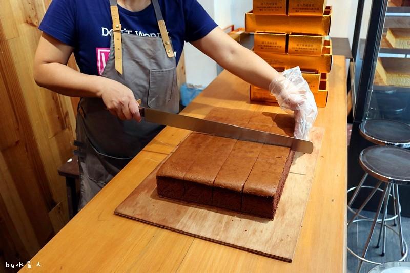 23796404228 debf5170b2 b - 熱血採訪|福久長崎蛋糕,日式慢火烘焙工法,口感濕潤有彈性,安心無添加,濃郁巧克力香氣