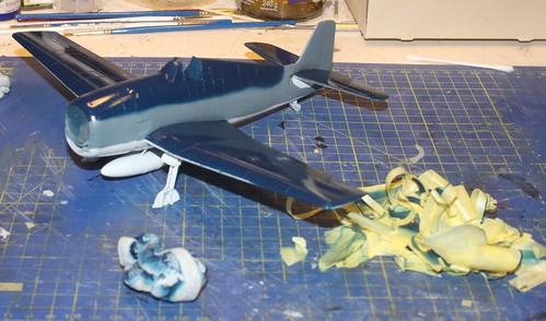 """Grumman F6F-3 Hellcat, """"Vit 19 Vraciu"""", Eduard 1/48 - Sida 2 23886337798_8485bd8ea4"""