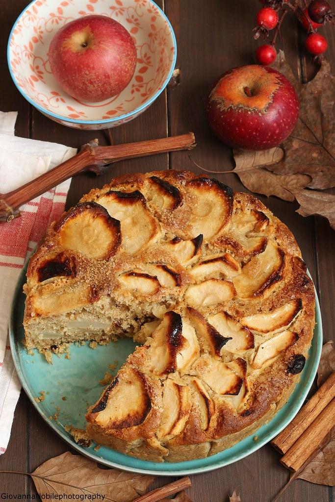 Torta integrale di mele con nocciole 5