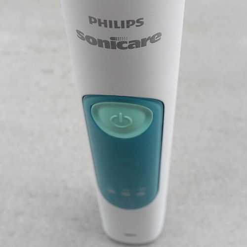 Philips_Sonicare_Series_3_USA_Electric_Toothbrush (32)