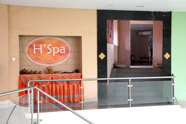 Harris Resort Waterfront Batam: H Spa