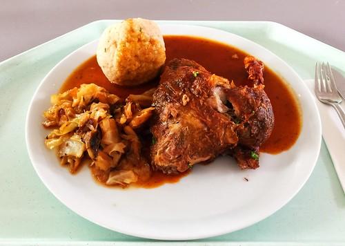 Duck with calvados sauce, bavarian cabbage & bread dumpling / Ente mit Calvadossauce, Bayrisch Kraut & hausgemachten Semmelknödel