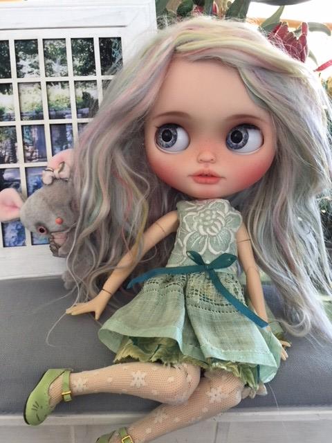 Loving her new hair