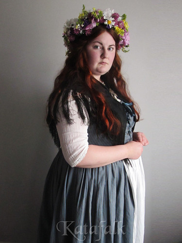 How to fake a Swedish traditional folk costume