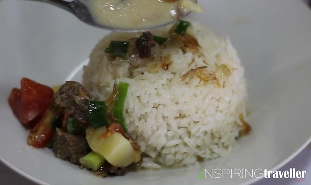 Soto-betawi-susu-dan-nasi