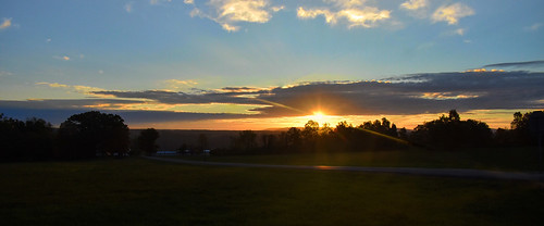 theflickrlounge backlit wk41 weeklytheme mystreet sunrise morning early clouds crackofdawn
