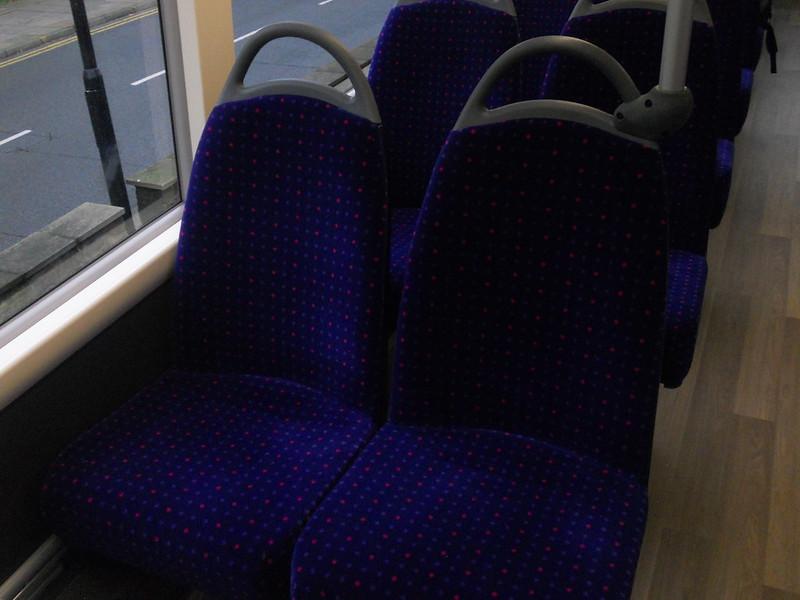 Seats on Uno 292 YX67 VFW