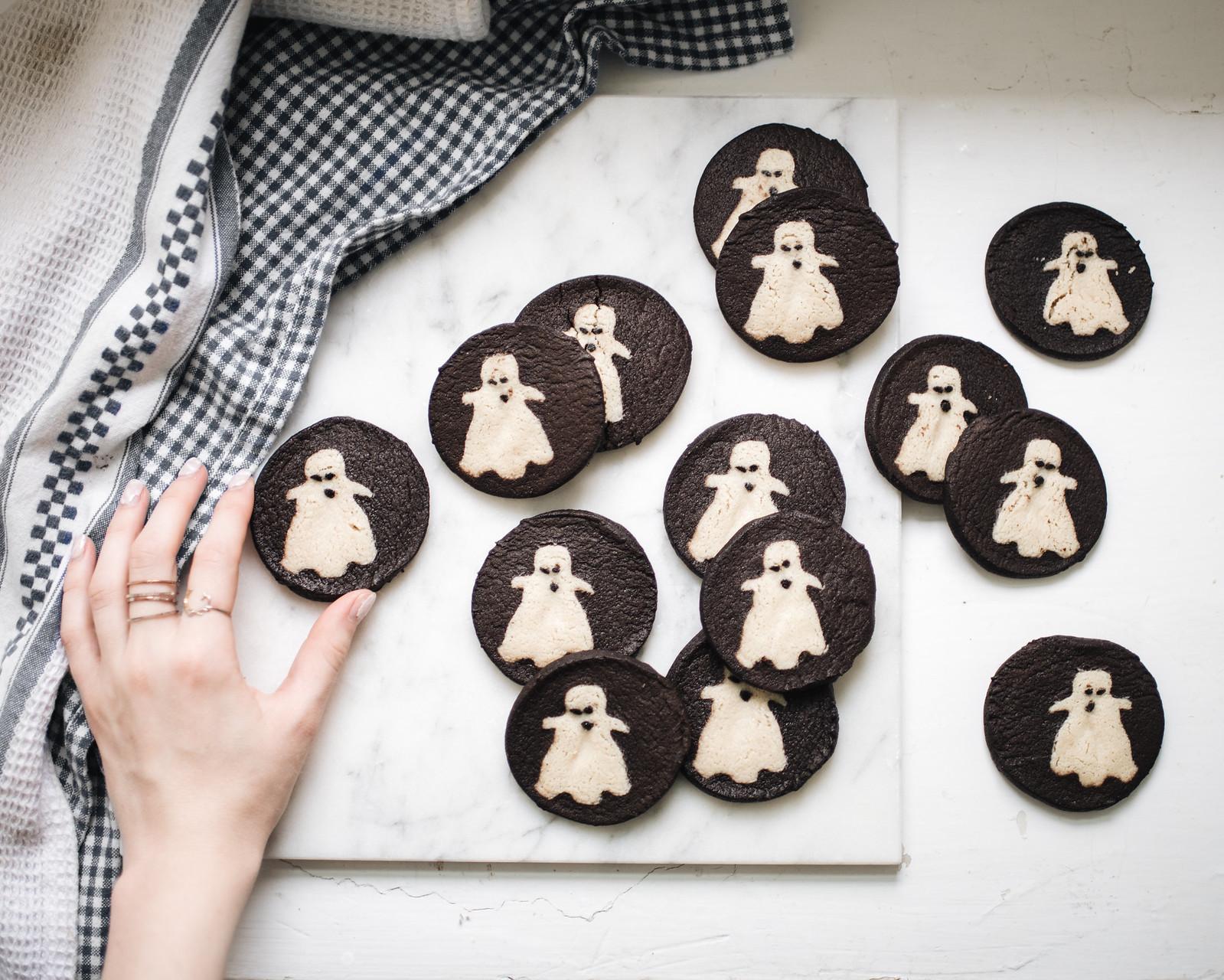Halloween Shape Cookies on juliettelaura.blogspot.com