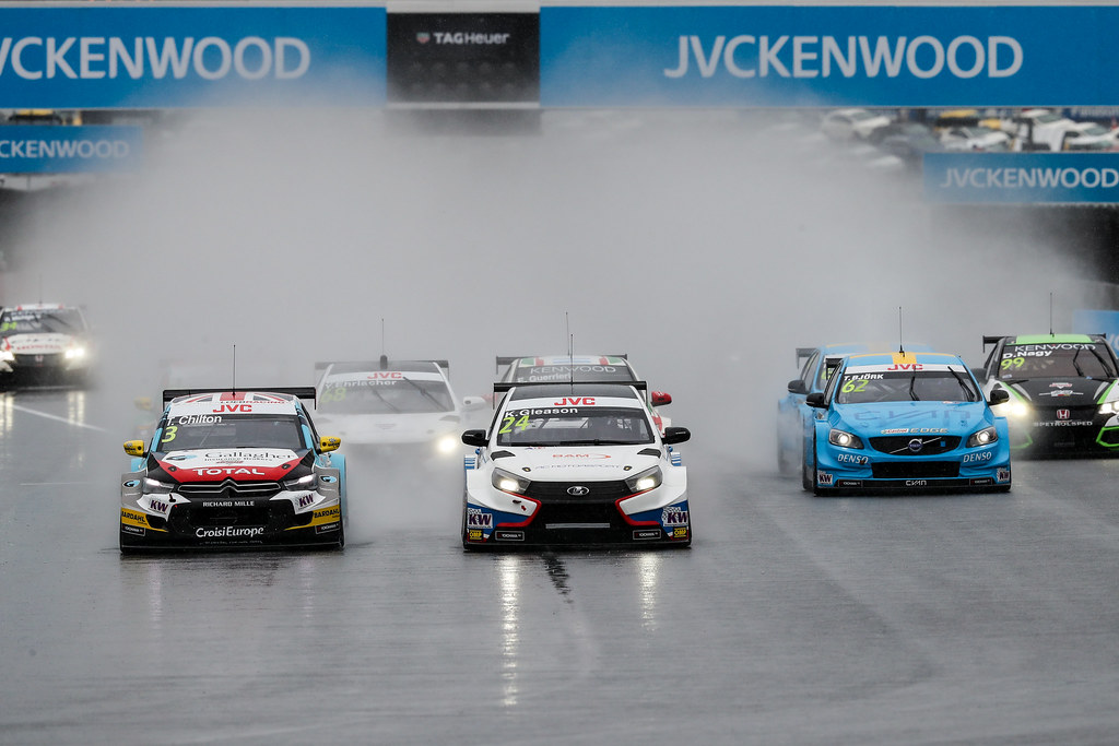 grille de depart starting grid of opening race 24 GLEASON Kevin (usa) Lada Vesta team RC Motorsport action during the 2017 FIA WTCC World Touring Car Championship race at Motegi from october 27 to 29, Japan - Photo Alexandre Guillaumot / DPPI