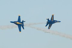 Blue Angels Opposing pass, exiting belly to belly DSC_0057_O