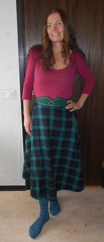 omsydd gr�nrutig kjol 190923