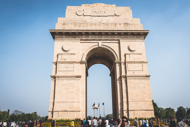 Delhi - tour by tuk tuk - India Gate-3 A Quick Guide to Delhi, India | Heading to Delhi soon? Here is all you need to know to make your trip smoother and funner! | What to do in Delhi | Where to stay in Delhi | How to get around Delhi