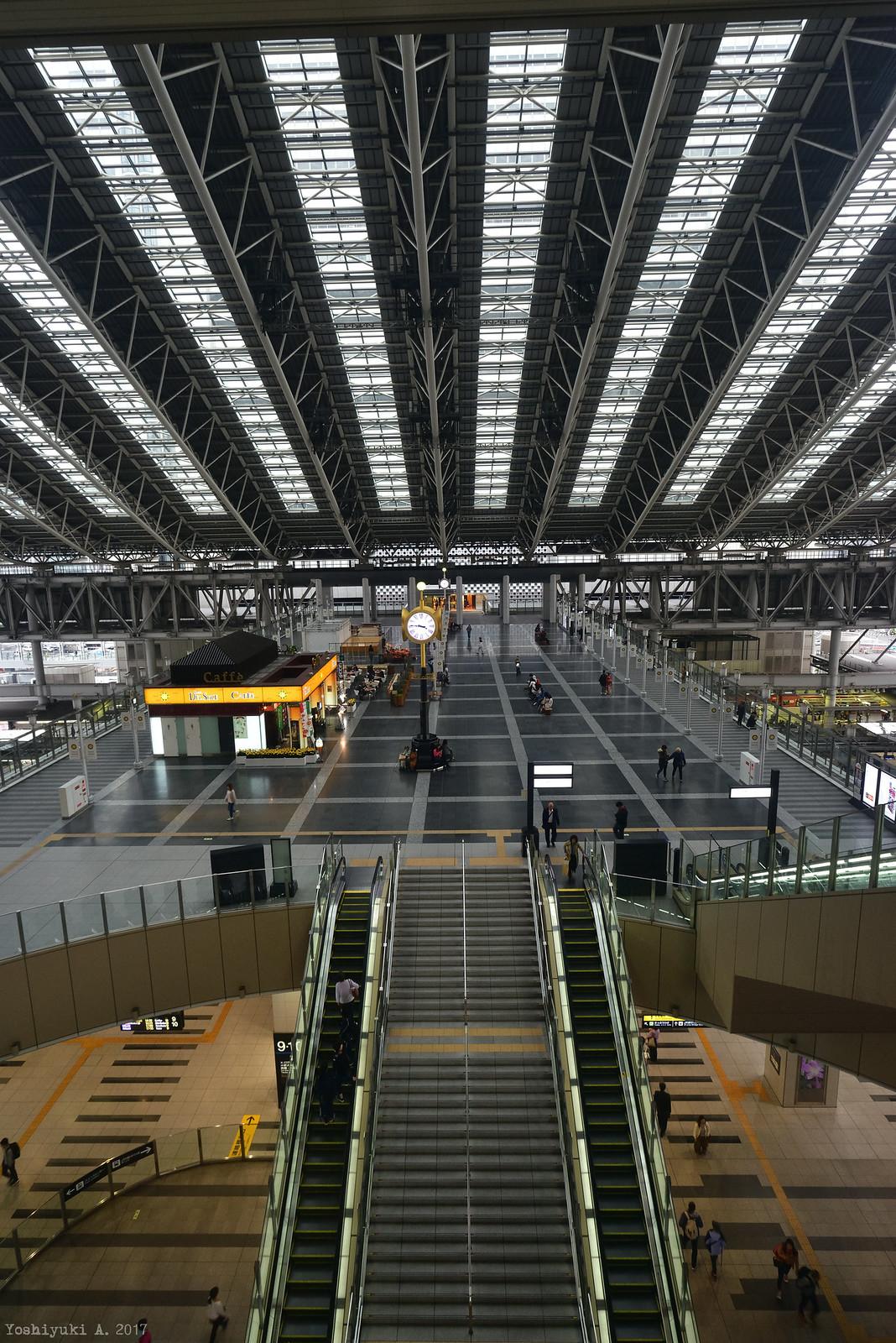 大阪駅_DS7_0095_nxd