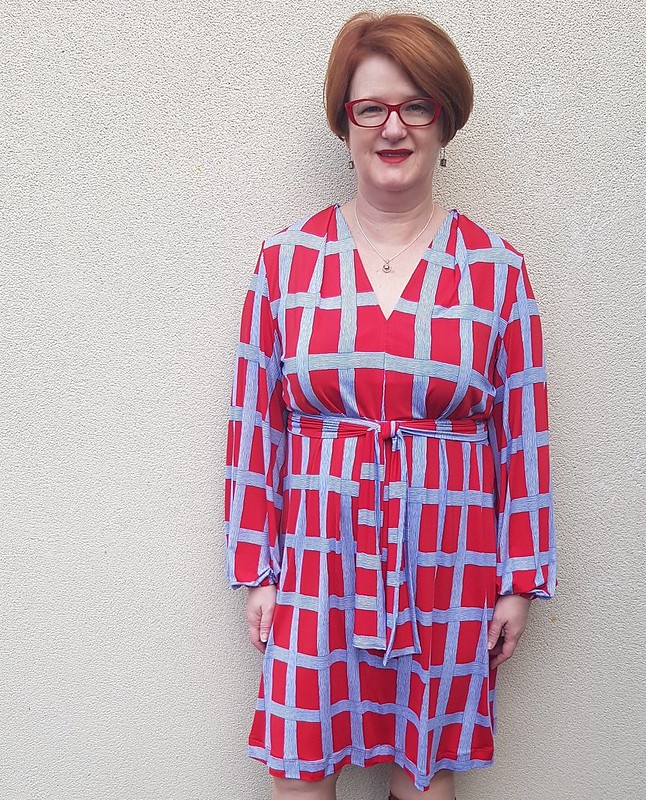 Simplicity 1059 in knit from Darn Cheap Fabrics $2 table